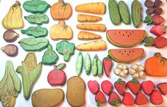 Play Food of the Month Monthly Subscription Service from SimleGiftToys on etsy. What a great way to acquire Waldorf wooden toys.