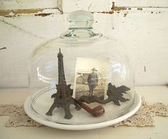 Image detail for -VIntage Glass Cloche Silver Plate Dish Tray Lace Skeleton Key Glass Bell Jar, The Bell Jar, Glass Domes, Glass Jars, Mason Jars, Bell Jars, Home Decor Signs, Cheap Home Decor, Apothecary Jars Decor