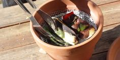 Turn a Terracotta Pot into a Mini Barbecue for On-the-Go Grilling
