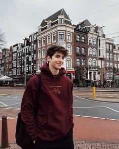 Manu Rios in Amsterdam Cute Teenage Boys, Teen Boys, Manu Rios, Boy Photography Poses, Tumblr Boys, Photo Instagram, Hot Boys, Handsome Boys, Cute Guys