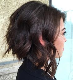 Love this style ❤️ Angled Bob Hairstyles, Hairstyles Haircuts, Beach Hairstyles, Men's Hairstyle, Funky Hairstyles, Formal Hairstyles, Ponytail Hairstyles, Wedding Hairstyles, Brunette Bob Haircut