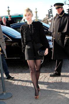 Analizamos el estilo de la actriz y directora francesa Melanie Laurent: Mélanie Laurent en un desfile de Balenciaga