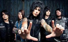 Enter to win tickets to see Falling In Reverse at Bogart's on May 16 Reverse Falls, Falling In Reverse, Im Coming Home, Escape The Fate, Ronnie Radke, Win Tickets, Warped Tour, Pierce The Veil, Types Of Music