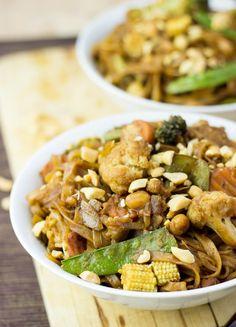 Easy Vegetable Stir Fry with Creamy Peanut Sauce #stirfry #peanut #vegan   hurrythefoodup.com