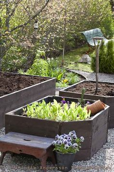 backyard raised garden, love the idea of a step stool in the garden....great kneeling spot for adults (save your back), great standing spot for little kids