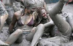 Korean mud festival boryeong mud festival hot girl photos in awkward positi Beach Pictures, Nature Pictures, Cool Pictures, Funny Pictures, Perfect Image, Perfect Photo, Love Photos, Girl Photos, Top Destinations