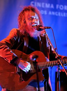 Damien Rice Photos: Cinema For Peace Event Benefitting J/P Haitian Relief Organization In Los Angeles - Inside January 2012