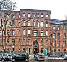 Berlin - St. Hedwigs-Krankenhaus aus den Jahren 1851 bis 1928 von Vincenz Statz und Albert Kinel_01