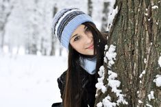 Graduation should be celebrated as the day of success, a long and challenging process. Winter Senior Pictures, Senior Photos Girls, Senior Picture Outfits, Winter Senior Photography, Girl Photography, Photography Ideas, New York Winter Outfit, Graduation Pictures, Portrait Photo