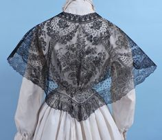 CIVIL WAR ERA EXQUISITE CHANTILLY LACE MANTLE / CAPE W RICH BOTANICALS  in Clothing, Shoes & Accessories, Vintage, Women's Vintage Clothing, Pre-1901 (Victorian & Older) | eBay