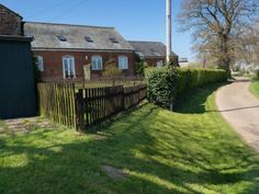 Hall Farm Cottages in Norfolk (photo 2)
