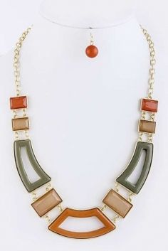 Fashion Multi Tone Collar Set Jewelry $20