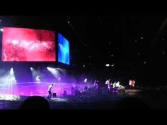 ▶ Kari Jobe Opener at Hillsong Conference 2013 [Come, Thou Long-Expected Jesus] - YouTube