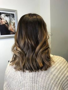 30 Meilleures Idees Sur Tie And Dye Balayage Meches Meches Balayage Coupe De Cheveux Pour Adolescente