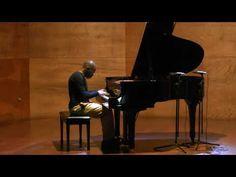 Smile -Luis Lugo piano- 2013 Valdivia.Chile