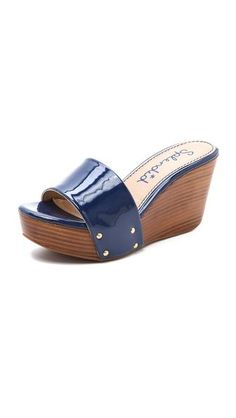 Blue slides ... cara de carioca 😆
