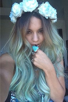 Venessa Hudgens cute cotton candy hair, i might get mine done like this
