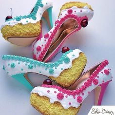 These Are REAL Cake Shoes!  How Fun Are These?  I LOVE Them....  These Are REAL Cake Shoes!  How Fun Are These?  I LOVE Them.  Tag Someone and Like To Support Artist: Chris Campbell @shoebakery  #art artist #artwork #artistic #artistsofinstagram #instaart #instagram #arte #love #cake #foodporn #foodart by art_extremes http://ift.tt/1VWWMbw