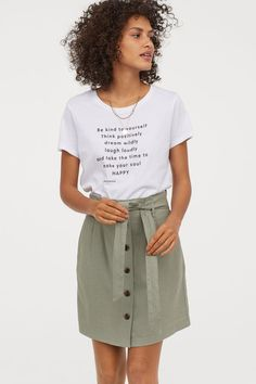 Paper-bag Skirt - Khaki green - Ladies | H&M US 2