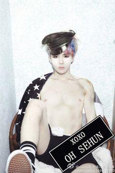 EXO Fanlarının Yapımı Olan 15 Seksi Fotoshop!