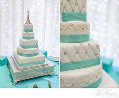 Blue and white wedding cake; Eiffel Tower wedding cake; Paris themed wedding | jbrazeal.com