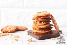 Op zoek naar een lekker koekje voor bij de koffie of thee? Dan zijn deze koolhydraatarme kletskoppen perfect. De koekjes zijn super lekker en krokant. #koolhydraatarm #koek #koffie Sweet Recipes, Keto Recipes, Healthy Recipes, Go For It, Healthy Snacks, Deserts, Low Carb, Sweets, Cooking