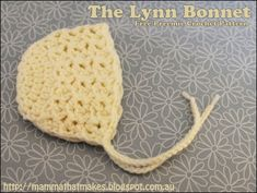 The Lynn Bonnet by MammaThatMakes.blogspot.com A free preemie crochet pattern