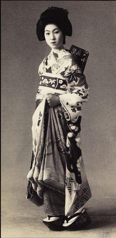Photo taken about 1920's, Japan.