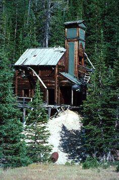 Wolf Mine Shaft in Kirwin, Wyoming