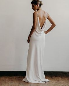 """366 Me gusta, 5 comentarios - Lena Medoyeff Bridal (@lenamedoyeffbridal) en Instagram: """"Let's continue to explore all the options for showing off your beautiful back! Addison has the…"""""""