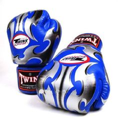 TWINS SPECIAL BLUE ROMAN BOXING GLOVES PREMIUM LEATHER W/ VELCRO (10 oz.) TWINS SPECIAL http://www.amazon.ca/dp/B00BJFTTJ8/ref=cm_sw_r_pi_dp_EZgiub1F52T39  $110