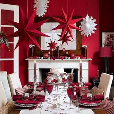 Christmas table decor - Red and White Christmas
