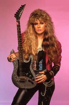 Jan kuehnemund [ Noviembre de 18, 1961 de octubre de 10, 2013 ) Increible en la guitarrista de la banda de hard rock Vixen!
