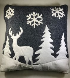The Holiday Aisle Burr Christmas Winter Scene Felted Throw Pillow Christmas Cushions, Christmas Pillow, Felt Christmas, Christmas Stockings, Christmas Sewing Projects, Christmas Crafts, Christmas Decorations, Winter Szenen, Felt Pillow