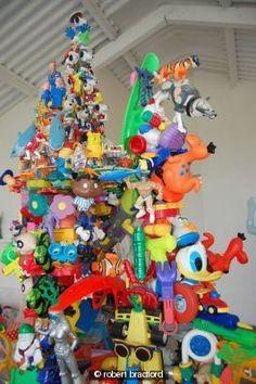 Robert Bradford's Toy Sculptures