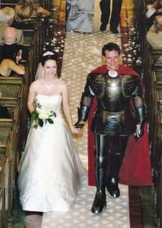 I guess she REALLY found her Knight in Shining Armor, huh? Wedding Humor, Wedding Pictures, Wedding Stuff, Wedding Ideas, Knight In Shining Armor, White People, Just For Fun, Make Me Smile, Hilarious
