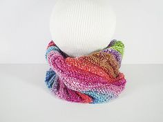 Converts from a snug cowl to a hat! Ravelry: Emergency Hat pattern by Frankie Brown Knitting Patterns Free, Knit Patterns, Free Pattern, Arm Crocheting, Arm Knitting, Beginner Knitting, Knitting Stitches, Knit Or Crochet, Scarf Crochet