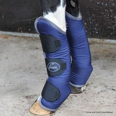 Pessoa Travel Boots These practical and attractive travel boots are made of tough 600D outer to protect your horse whilst travelling They are both