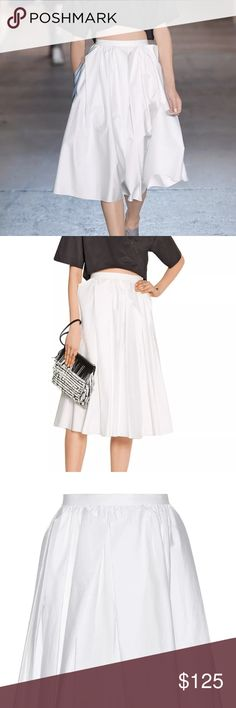TIBI Pleated White cotton-poplin midi skirt New TIBI Pleated White cotton-poplin midi skirt New with tags Womens  Size 4  Will need to be pressed or steamed upon delivery Tibi Skirts Midi
