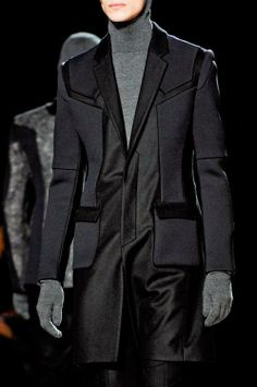 monsieurcouture: Juun J F/W 2012 Weird Fashion, Unique Fashion, Fashion Moda, Mens Fashion, Traje A Rigor, Juun J, Cyberpunk Fashion, Devil Wears Prada, Fashion Details
