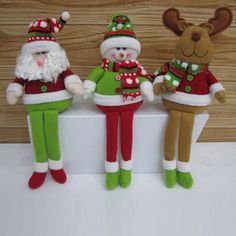 Christmas Decoration 2015 New Arrival Lovely Santa Claus Snowman And Deer Children Navidad Doll Sold By Piece Elf Christmas Decorations, Christmas Crafts To Make, Christmas Fabric, Christmas Items, Christmas Projects, Christmas Holidays, Christmas Ornaments, Holiday Decor, Reindeer Christmas