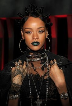 Why Rihanna's Green Lipstick at Last Night's iHeartradio Awards Was Kind of a Big Deal Why Rihanna's Green Lipstick at Last Night's iHeartradio Awards Was Kind of a Big Deal