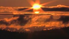 A beautiful start to a Seattle day from KIRO's Chopper 7.