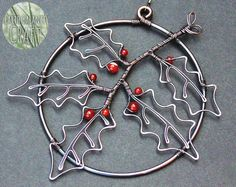 Botanical Holly Leaf Decoration - Inspired by Winter Time Red Berries. Handmade Christmas Gifts, Christmas Crafts, Christmas Decorations, Christmas Ornaments, Homemade Christmas, Wire Ornaments, Hanging Ornaments, Diy Crafts Jewelry, Wire Crafts