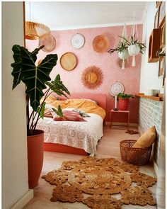 Stunning 43 Smart Bohemian Bedroom Design Ideas You Must Try. Minimalist bedrooms are quite difficult to put together, not because the furnishings and home wares required are hard to source, … Decor, Bedroom Design, Room Inspiration, Bohemian Bedroom Design, Bedroom Decor, Home Decor, House Interior, Room Decor, Apartment Decor
