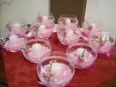 Usa peceras de cristal para darle un toque especial a ese rincón de tu hogar o para usarla como centro Shower Centerpieces, Baby Shower Decorations, Wedding Centerpieces, Wedding Table, Diy Wedding, Wedding Decorations, Communion Centerpieces, Table Arrangements, Floral Arrangements