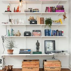 Nice styling by Alvem Makleri on what are normally fairly bland/boring shelves. The tricks in play are grouping of similar colours of books,. Room Decor Bedroom, Home Furniture, Shelf Furniture, Shelving, Sweet Home, New Homes, House Design, Interior Design, Room Interior