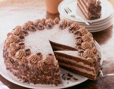 Mokka-Torte Mocha cake and other recipes discover DasKochrezept. No Bake Desserts, Just Desserts, German Baking, German Cake, German Desserts, Mocha Cake, Torte Recipe, Pastry Cake, Food Cakes