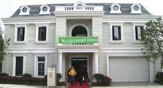 Una empresa china consigue construir dos villas en menos de dos semanas gracias a la impresión 3D - http://www.hwlibre.com/una-empresa-china-consigue-construir-dos-villas-menos-dos-semanas-gracias-la-impresion-3d/