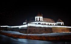 Cetatea Făgăraș Cathedral, Mansions, House Styles, Building, Travel, Home Decor, Viajes, Decoration Home, Room Decor